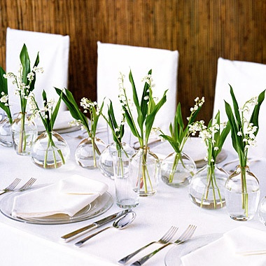 Green White Table Setting4