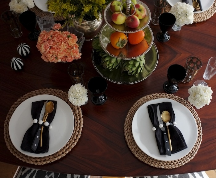 Black white Gold Brown & Table setting | Beautiful Life and Style